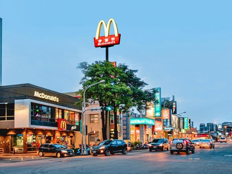 軍功路商圈麥當勞